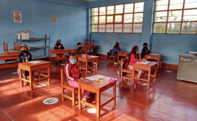 INSTITUCIONES EDUCATIVAS HABILITADAS RETORNAN A LAS AULAS EN LA UGEL VÍCTOR FAJARDO
